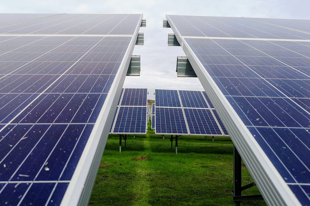 POST1 solarpanel energy 1024x683 - 5 Solutions for Sustainable Energy in Canada Today